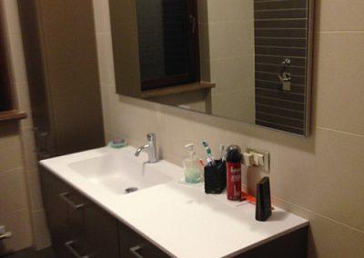 Ristrutturazione Bagni, Ellegi Snc, Milano, base con lavabo integrato, specchio